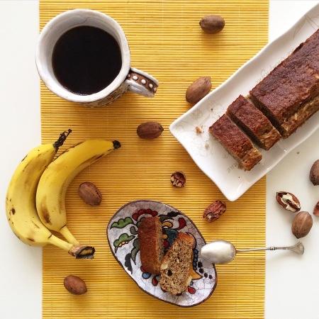 Банановый кекс с мукой из спельты