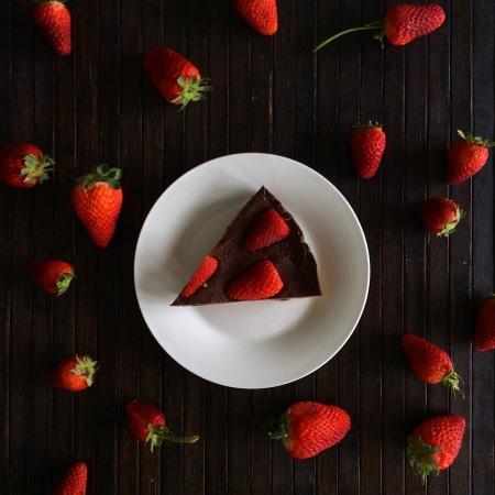 Шоколадный торт без выпеки