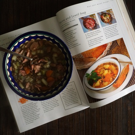 Суп с беконом и чечевицей